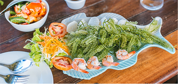 Salad rong nho tôm